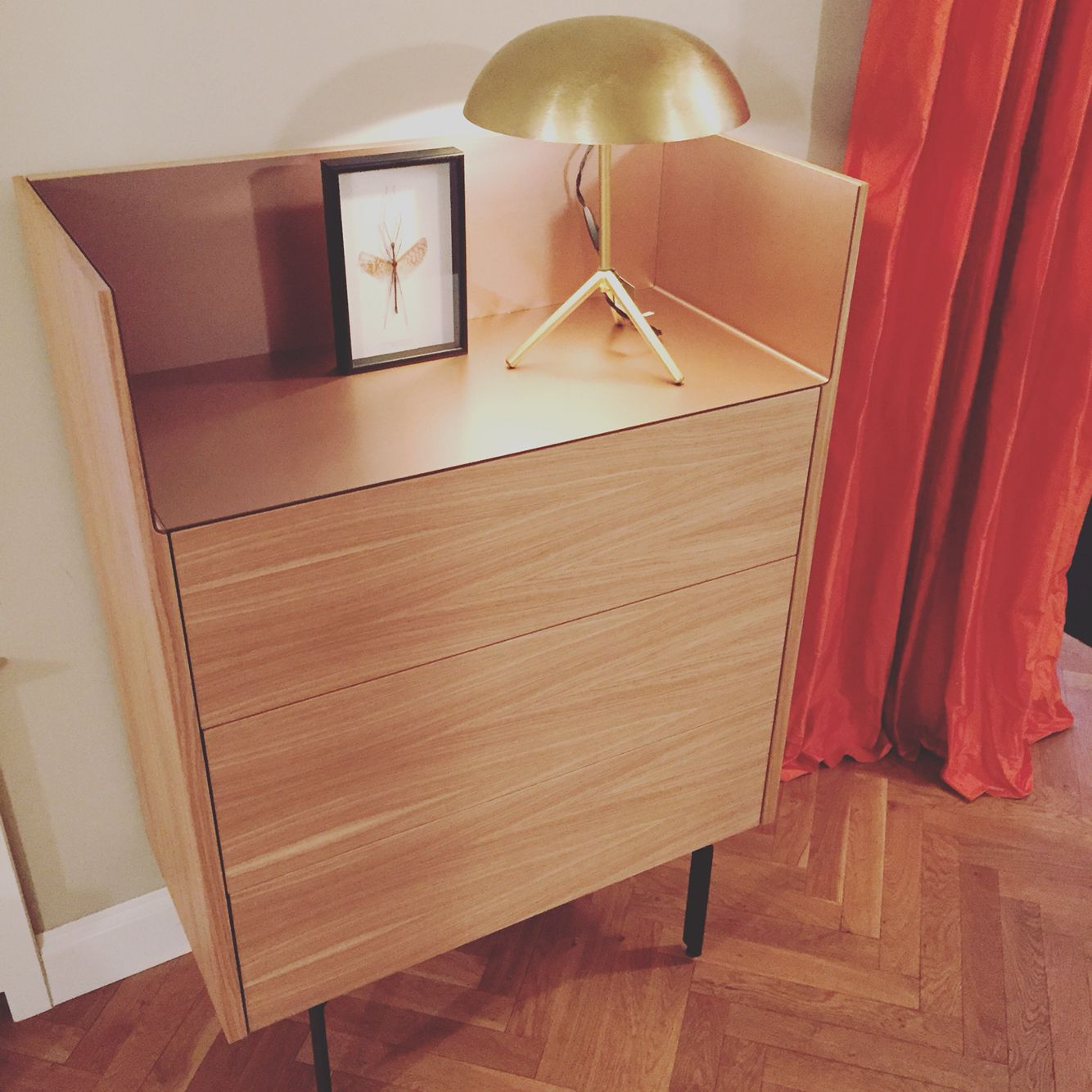 Punt Highboard  www.theinteriorclub.de