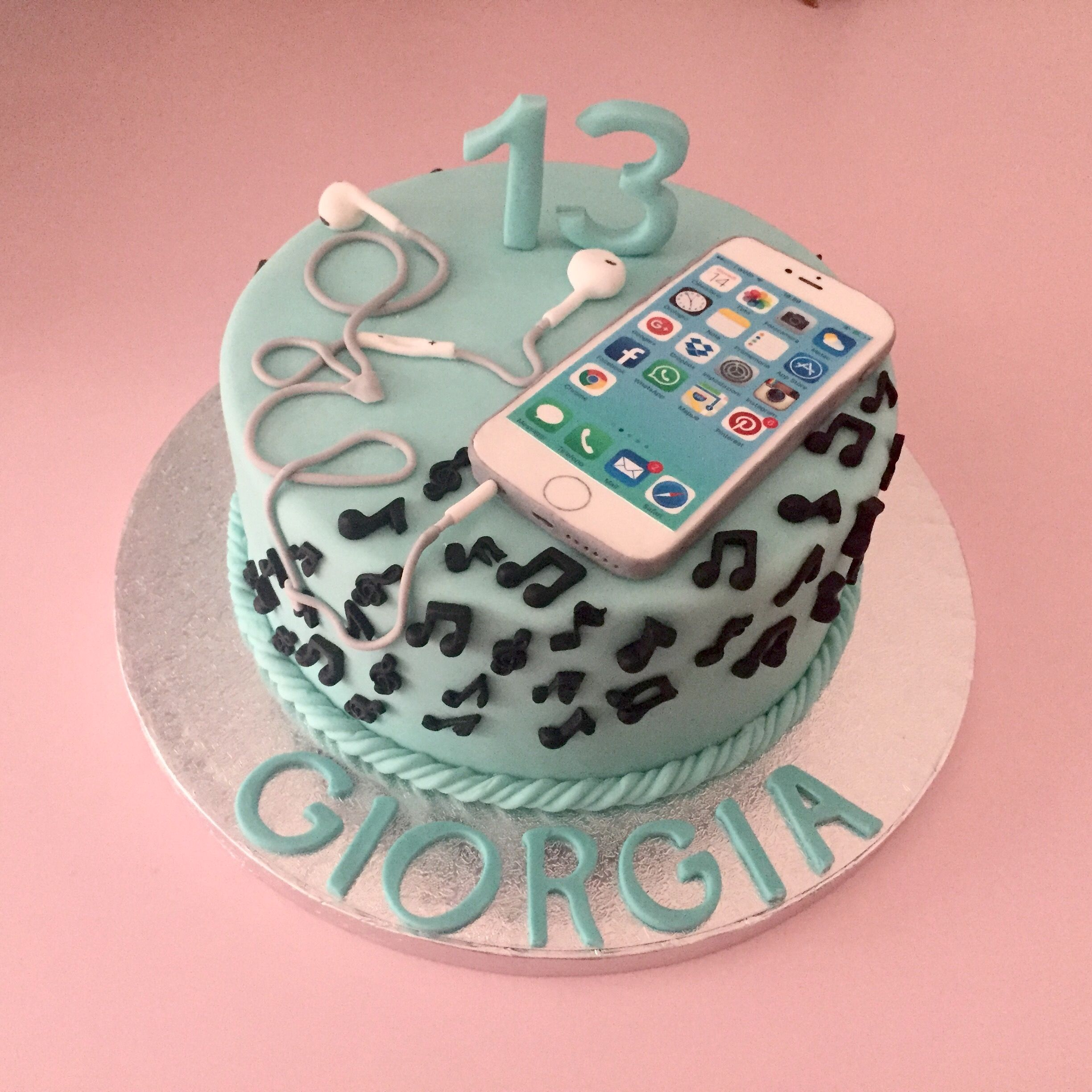 Cake Images For Teenager : torta di compleanno iPhone iPhone cake birthday cake My ...