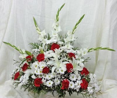 Centro De Flores Rojo Y Blanco Arreglos Florales Bellos