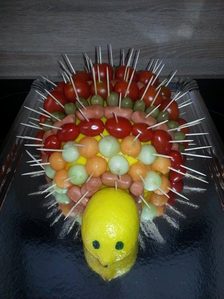 H Risson Tomates Melon Saucisses Olives Ap Ro