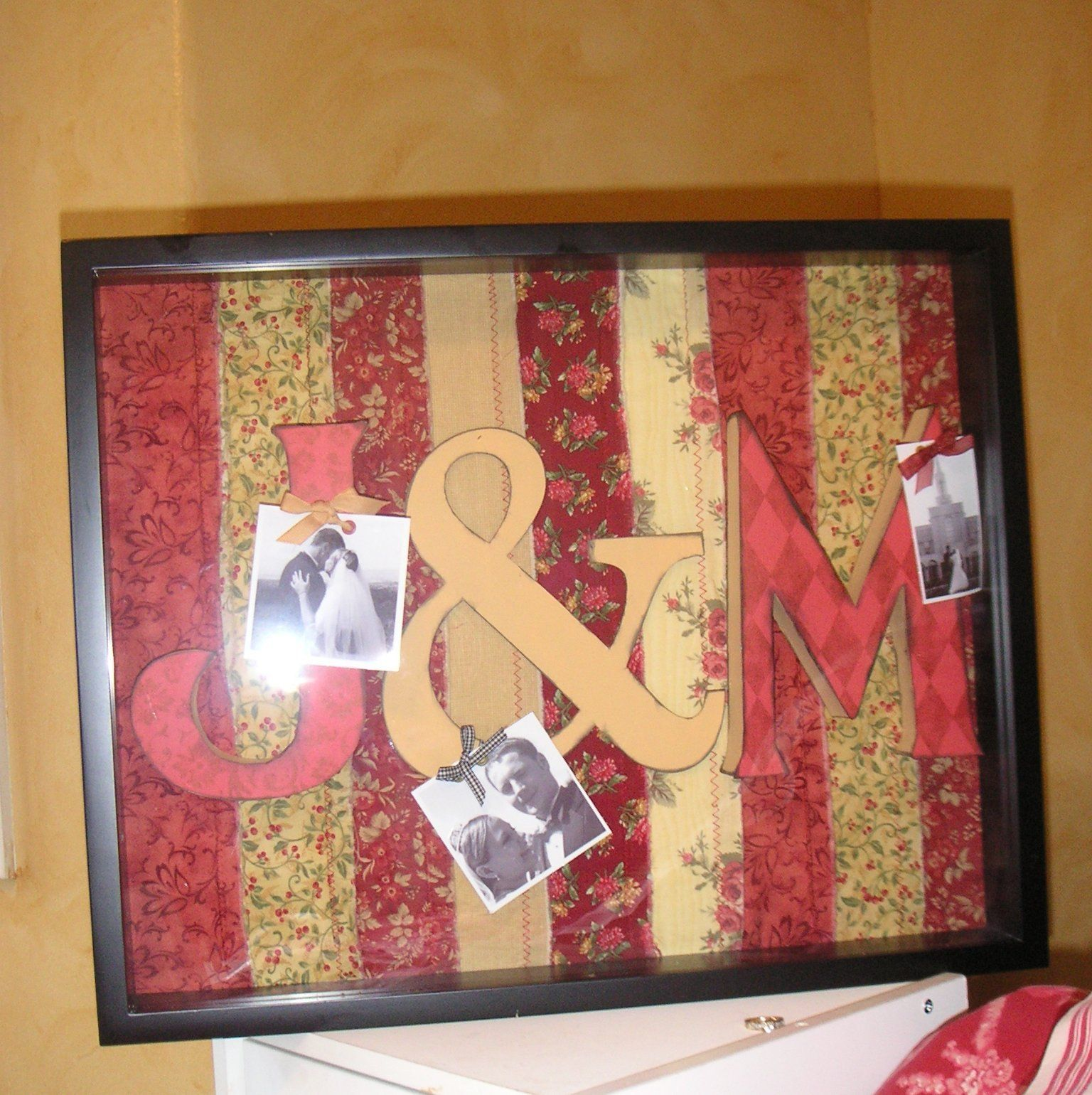 If you're looking for a custom wedding gift, consider making this personalized Monogram Frame…