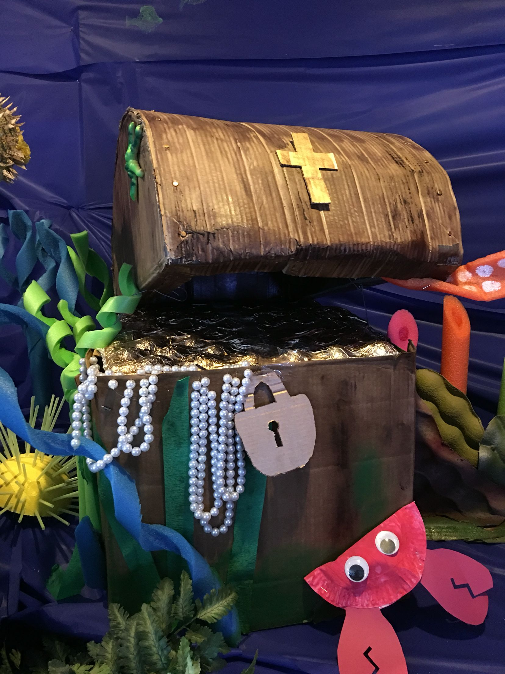 Treasure Chest Decorations Vbs Vacation Bible School Submerged Ocean Dive Deep Decorations
