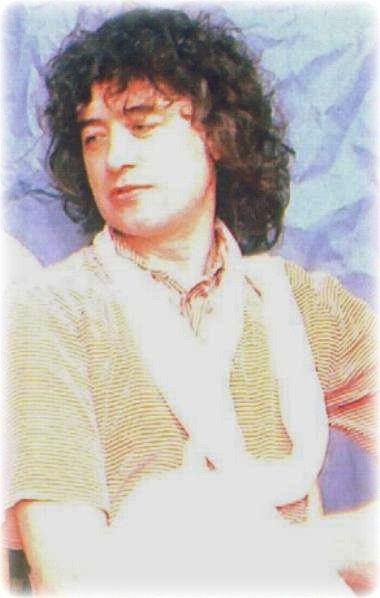 Rare Shot Of Jimmy Page At Live Aid Led Zeppelin Jimmy Page Led Zeppelin Iv