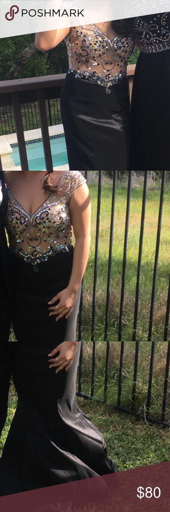 Mermaid style prom dress from promgirl my posh picks