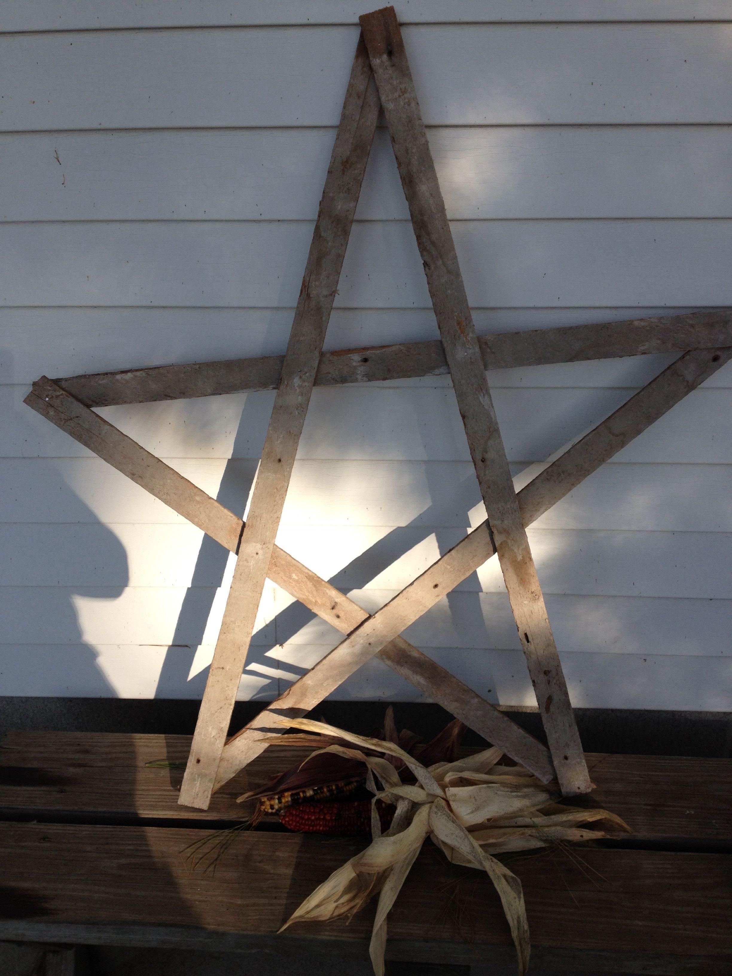 0e41659f87c4 Rustic wood star
