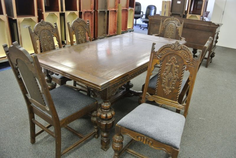 1920 S Jacobean Style Hand Carved In Chicago 8 Peice Dinnig Room Set Dinning Room Sets Dinning Room Dining Room Sets