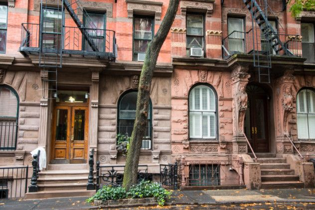 "Halloween 1981: Ronald Sisman and Elizabeth Platzman were murdered in their apartment located near Greenwich Village. The couple was severely beaten before being shot in the head, execution-style, and the apartment was completely ransacked. Sisman was rumored to be involved in drugs, so authorities believed that could have been the motive for the killings. When, it's claimed that David Berkowitz a.k.a. ""Son of Sam"" let the couple killed because Sisman possessed a footage of one of his…"