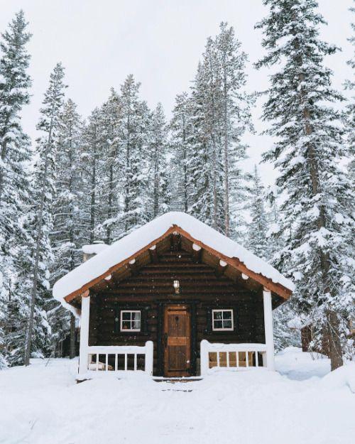 pingl par folk sur a folk lifestyle pinterest chalet paysage hiver et cabane. Black Bedroom Furniture Sets. Home Design Ideas