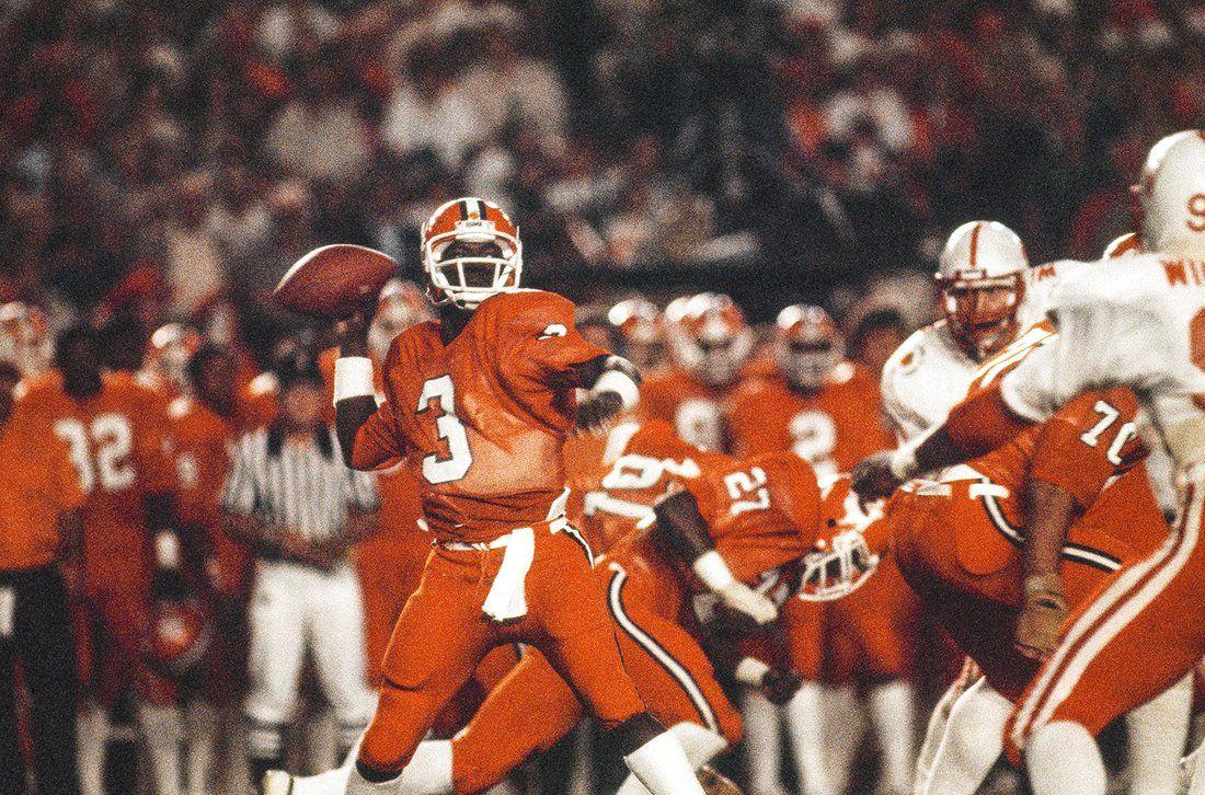 Http Www Thesportsnotebook Com College Football Major Bowl Game History Clemson Clemson Qb Clemson Football