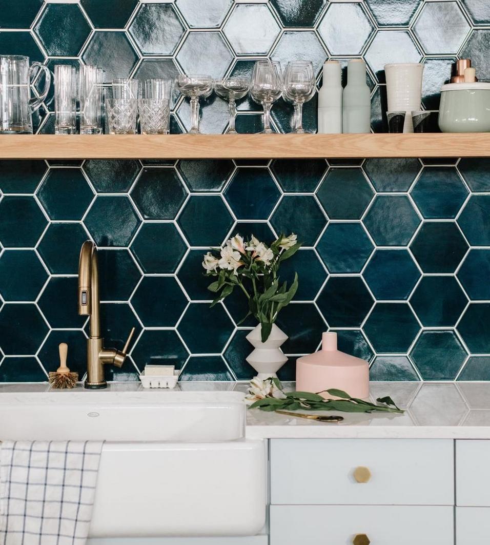 5 Tile Trends For 2017 Fireclay Tile Kitchen Tiles Design Subway Tile Backsplash Kitchen Kitchen Tiles Backsplash
