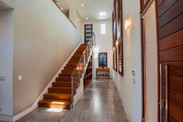 Entre escaleras Escalera, Escalera flotante y Escaleras modernas - escaleras modernas