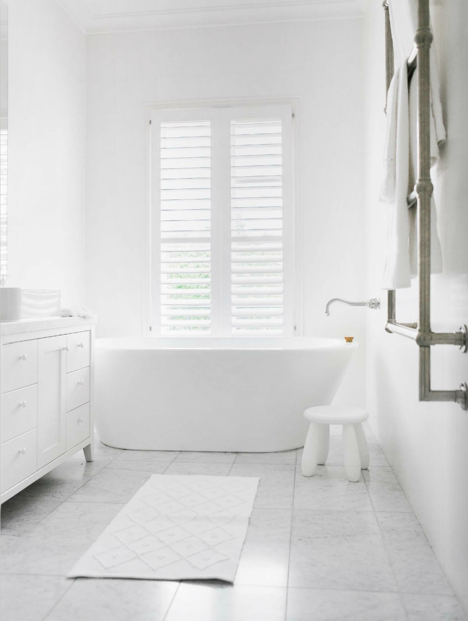 White Bathrooms Can Be Interesting Too \u2013 Fresh Design Ideas | Wet ...