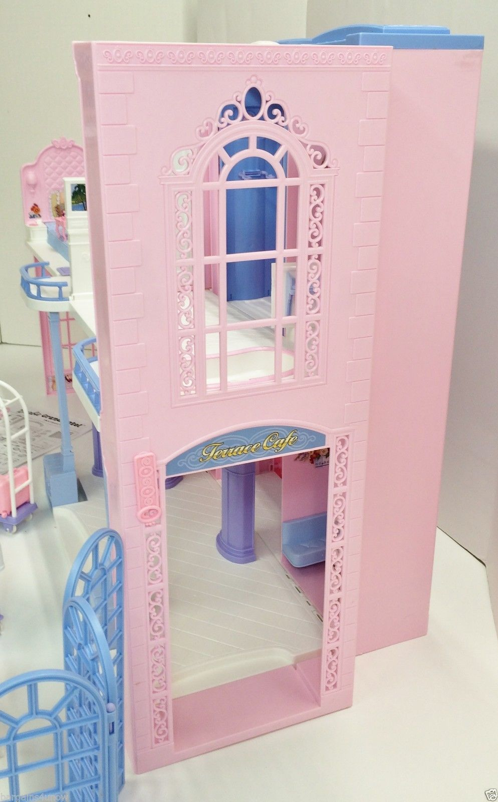Barbie Grand Hotel Used Barbie 2000 S Pinterest