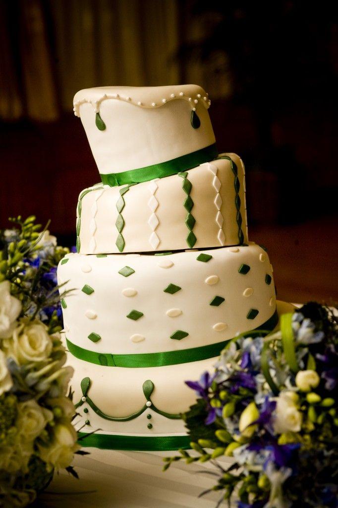 White With Emerald Greed Wedding Cake Emerald Green Wedding