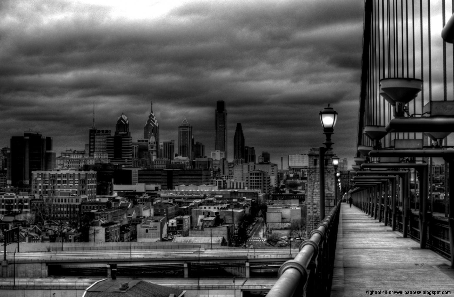 Wallpapers4u Philadelphia Skyline Black And White Photo Cloudy Country Backgrounds Black And White City City Wallpaper