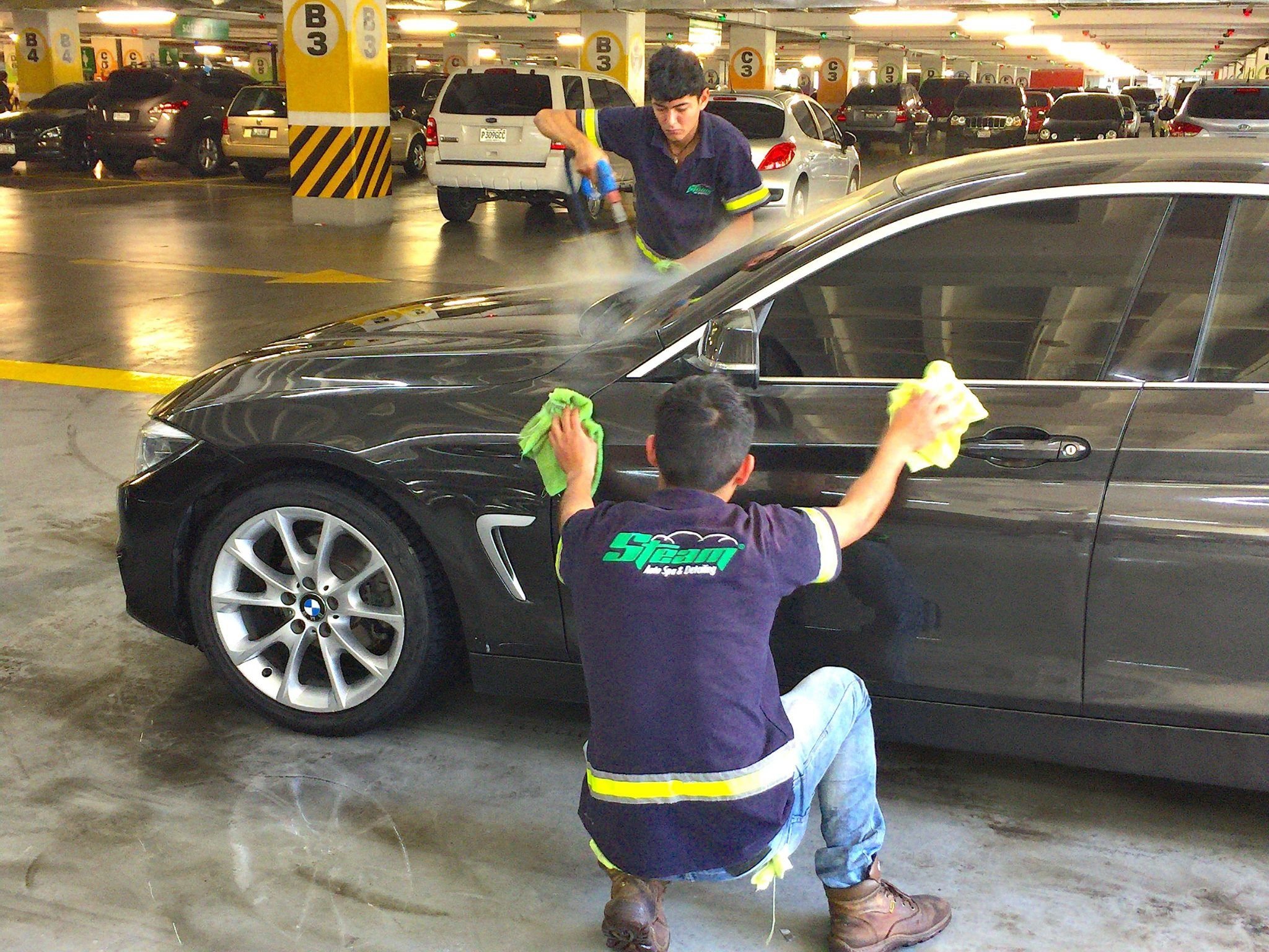 Pin By Auto Steam Spa Detailing On Centros Exclusivos Steam Auto Spa Detailing Monster Trucks Trucks Vehicles