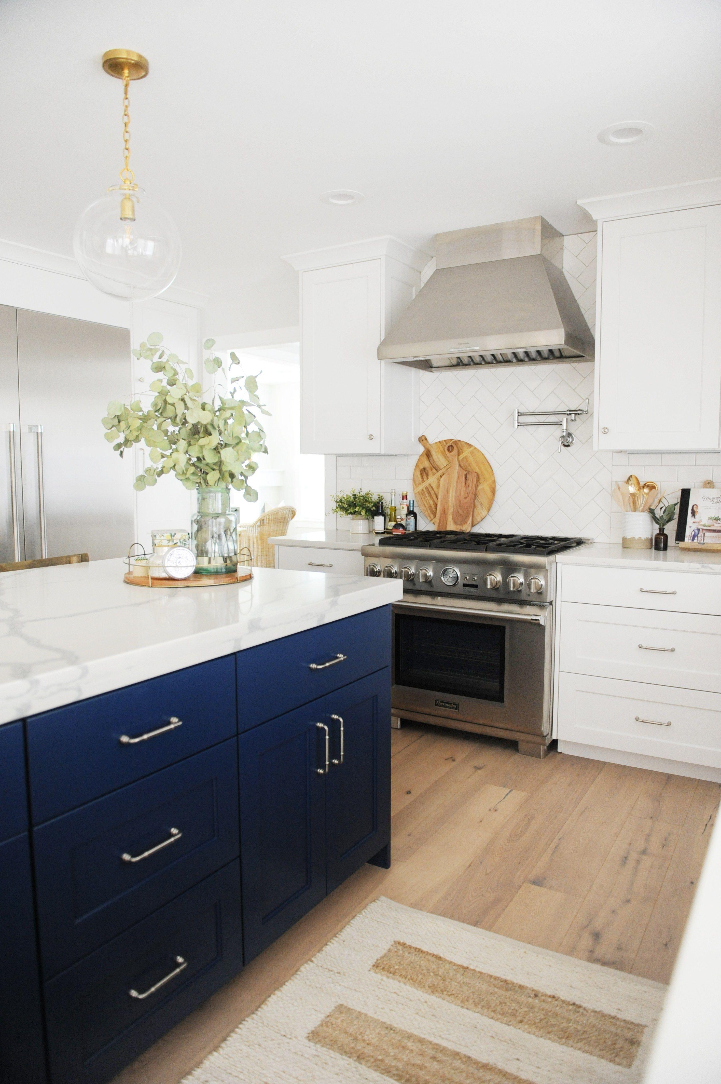Free Kitchen Design Software Kitchen Design Ideas Lowes Kitchen Design Modern Kitchen Desig In 2020 Kitchen Remodel Design White Modern Kitchen Kitchen Room Design