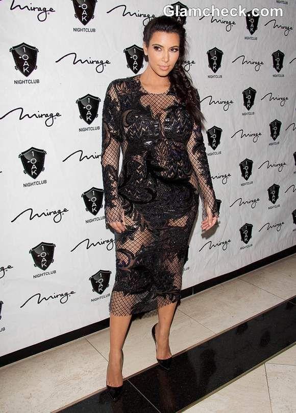Kim Kardashian In A See Through Lace Dress At Vegas Kim Kardashian Style Kardashian Style Fashion