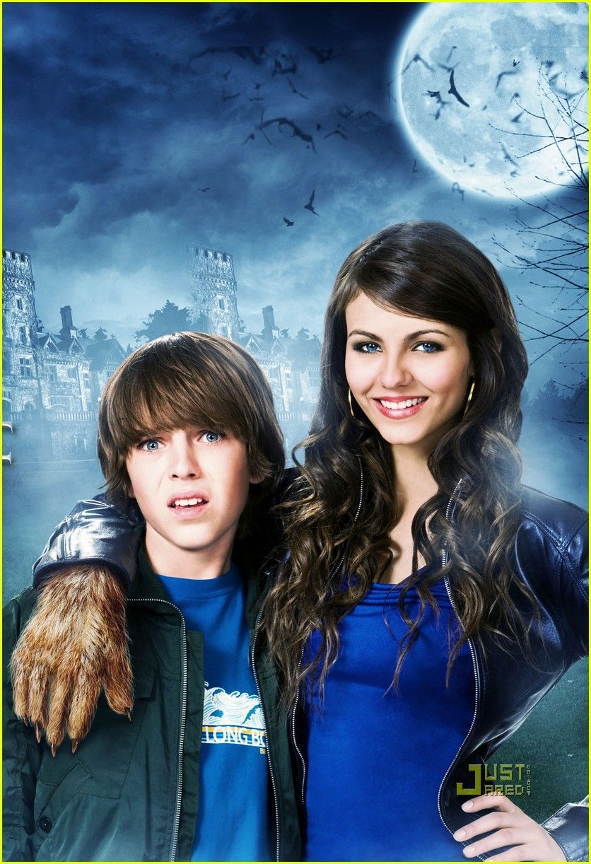 Ignore Victoria Justice The Kid In The Picture Could Be Young Jonah O O