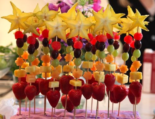 Fruit wands!  so cute for a birthday party.