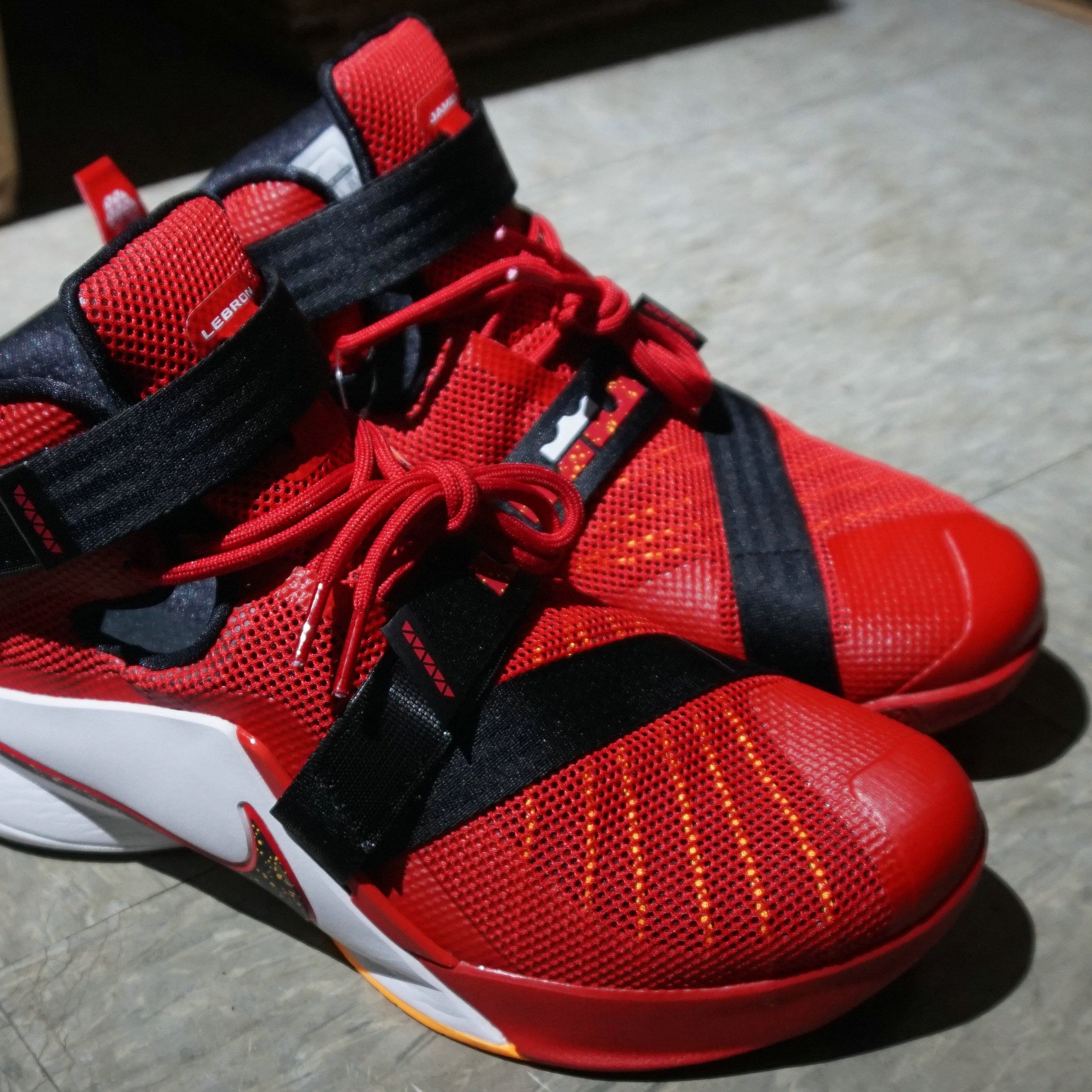 sports shoes c0b3a 4bba0 Nike LeBron Soldier 9 EP Nike LeBron Soldier 9 EP Varsity Red White (749420-