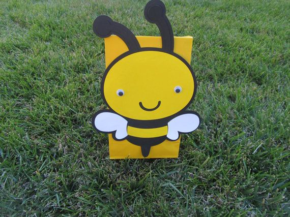 Bumble Bee Party Goody Bags 10 count by DreamComeTrueParties