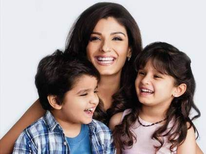 Top 16 Bollywood Celebrities With Their Children Bollywood Celebrities Celebrity Kids Bollywood