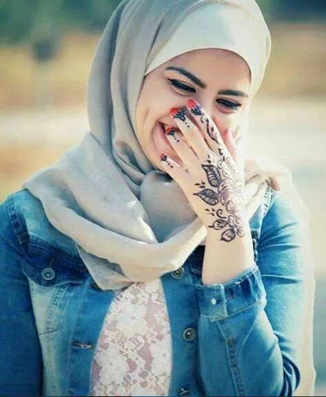 صور بنات هادية خلفيات بنات بابتسامة هادئة للموبايل فوتوجرافر Arab Girls Hijab Hijab Dp Islamic Girl Pic