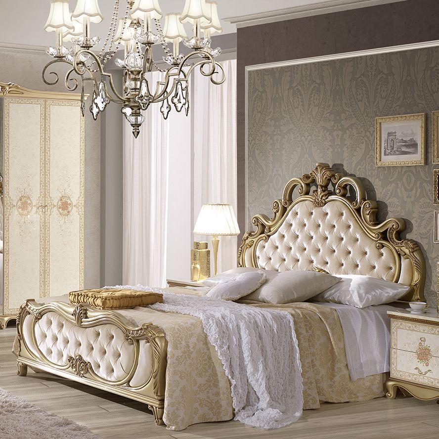Extravagante Schlafzimmerkombination Im Barock Stil Prunkvoll Und