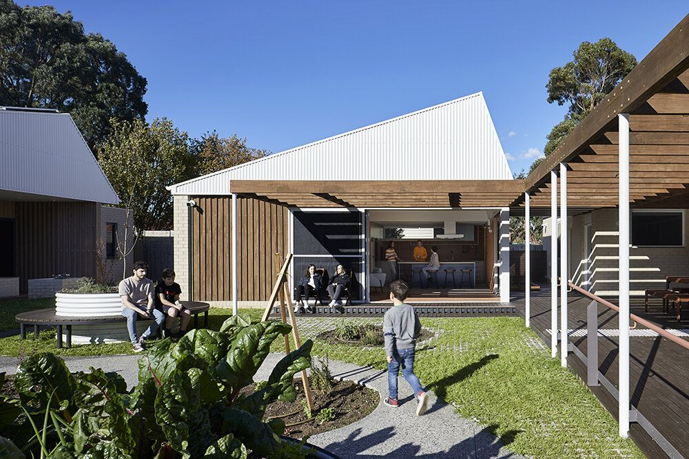Youth Transition Hub Project Overview Bent Architecture Architecture Common Area Lounge Areas