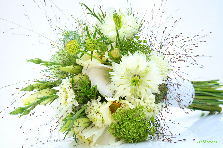 Brautstrauss Wiese Hochzeit By Eventfloristik Eichinger Bouquet