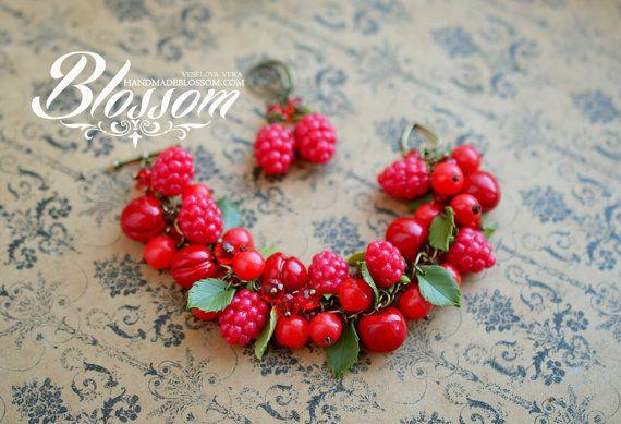Berries cocktail set bracelet and earrings by HandMadeBlossom