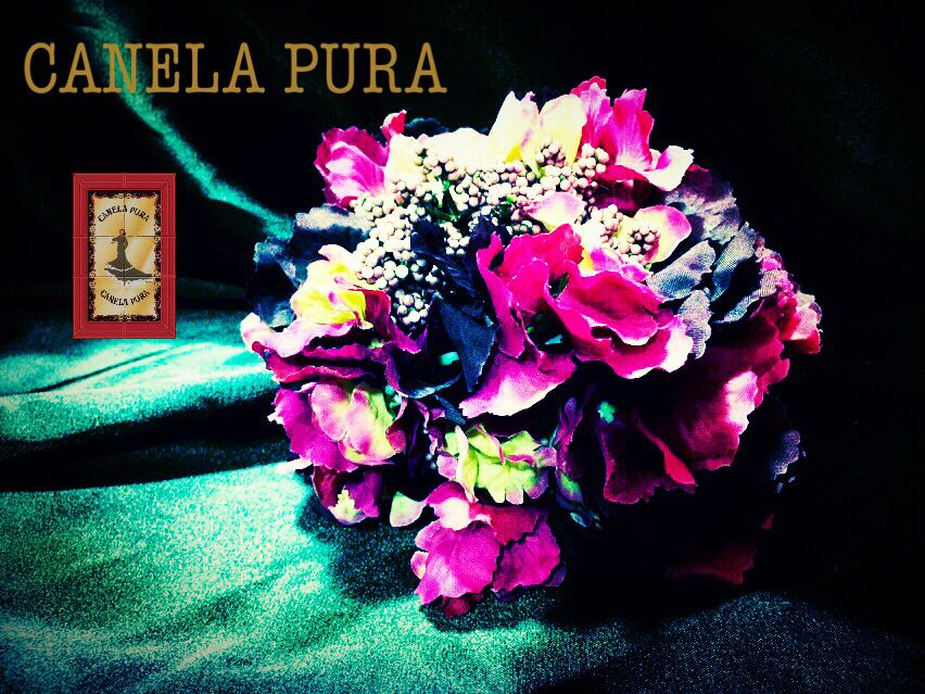 Ramillete De Flamenca En Tonos Buganvilla , Flores De