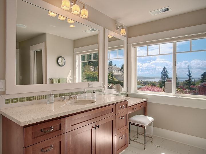 Makeup Counter At End Of Sinkcounter To Fill Empty Space Enchanting Bathroom Remodel Seattle Inspiration Design