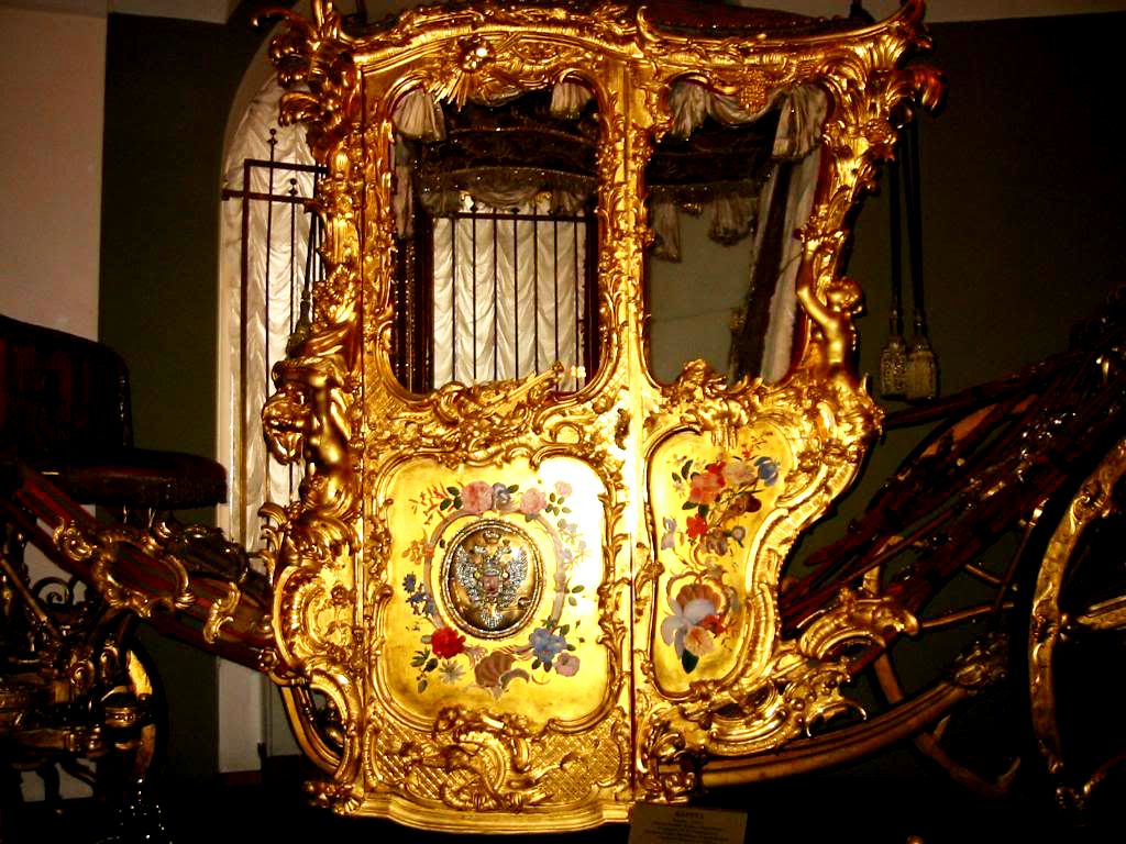 The Golden Carriage Of Catherine The Great Catherine The Great Carriages Gold Car