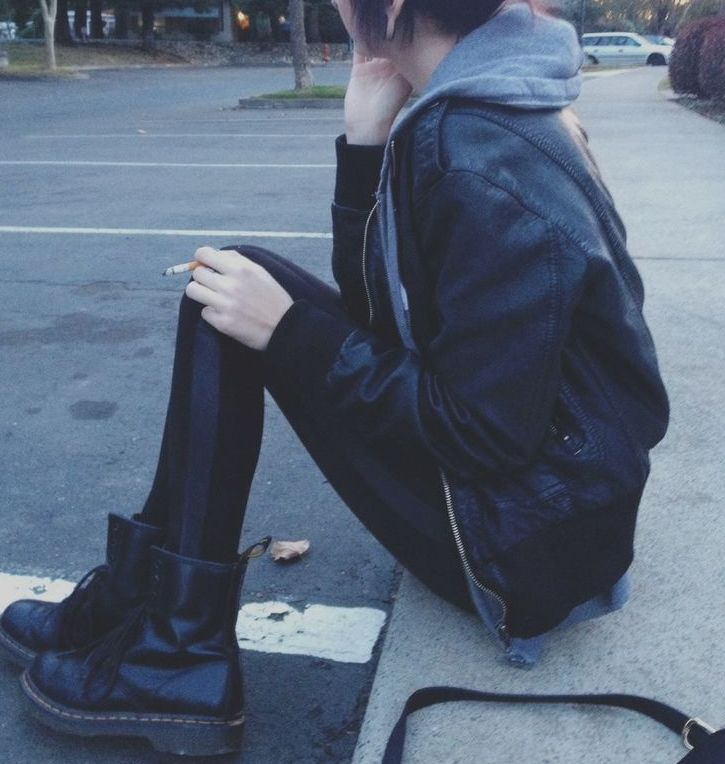 black doc martens outfit clothing pinterest ropa