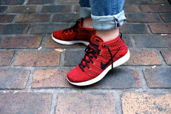 Nike Flyknit Chukka Red
