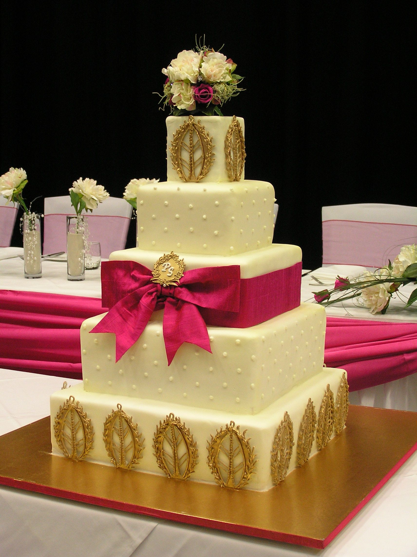 Stunning Indian Wedding Cake | Cakes | Pinterest | Indian wedding ...