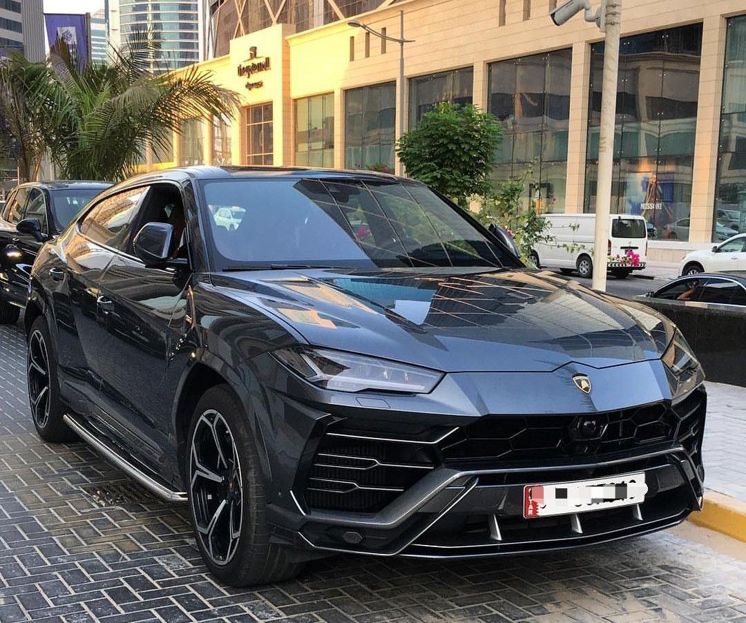 Black Lamborghini Urus In 2020 Lamborghini Jeep Suv Cars
