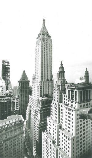 40 Wall Street - The Bank of Manhattan Building - New York black and white images.jpg