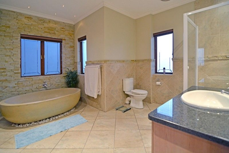 3 bedroom house for sale in Greenstone Hill. http://www.jawitz.co.za ...