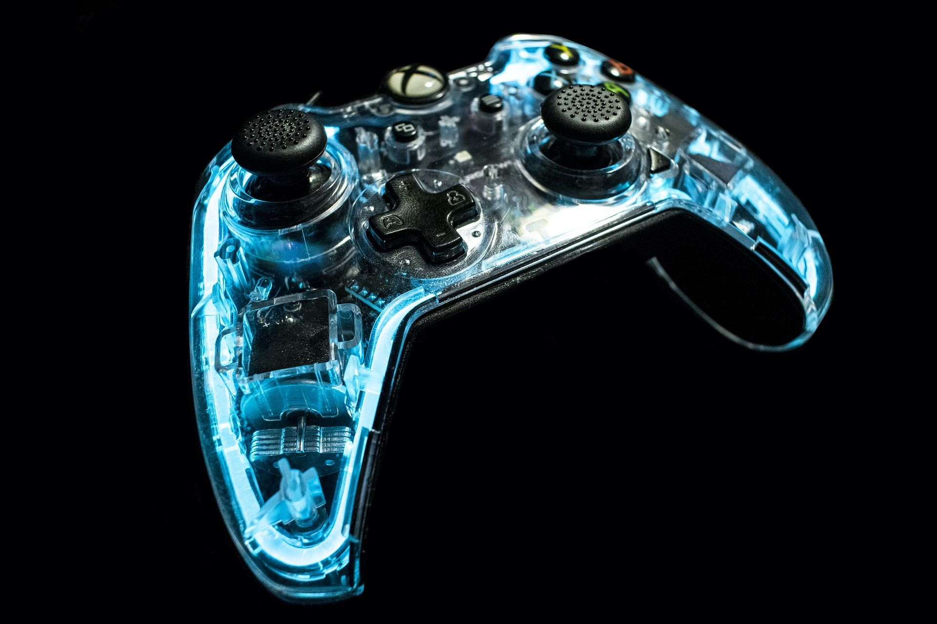 See-through Xbox controller. | General Gaming HQ Wallpapers ...