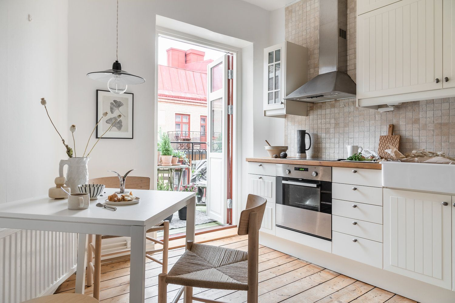 A Serene Scandinavian Studio Apartment The Nordroom Small Space Kitchen Tiny Kitchen Design Scandinavian Style Interior,Colorful Cool Geometric Designs