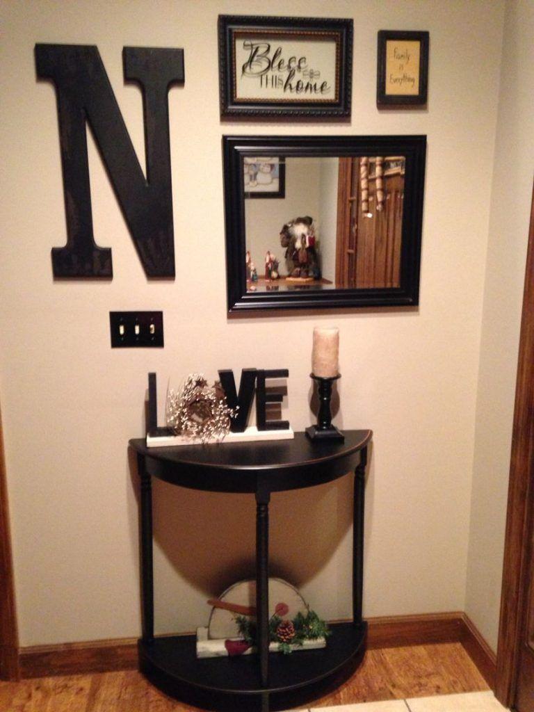 12 Small Entryway Decor Ideas You Can Copy Foyer Table Decor
