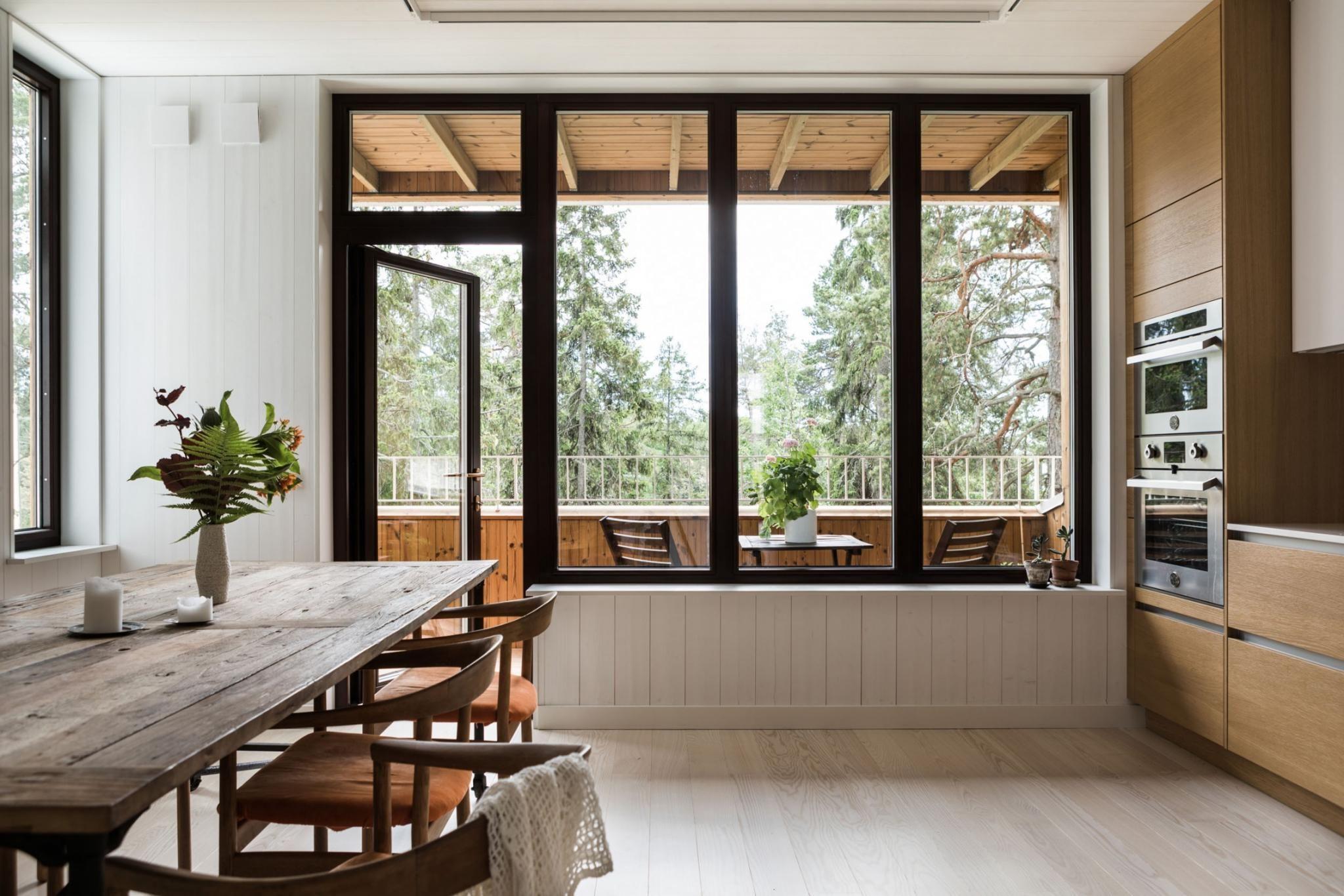 Une maison contemporaine en bois avec patio | Inspiration maison ...