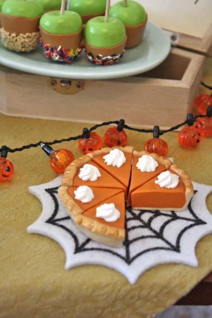 pippaloo for American girl dolls pumpkin pie.