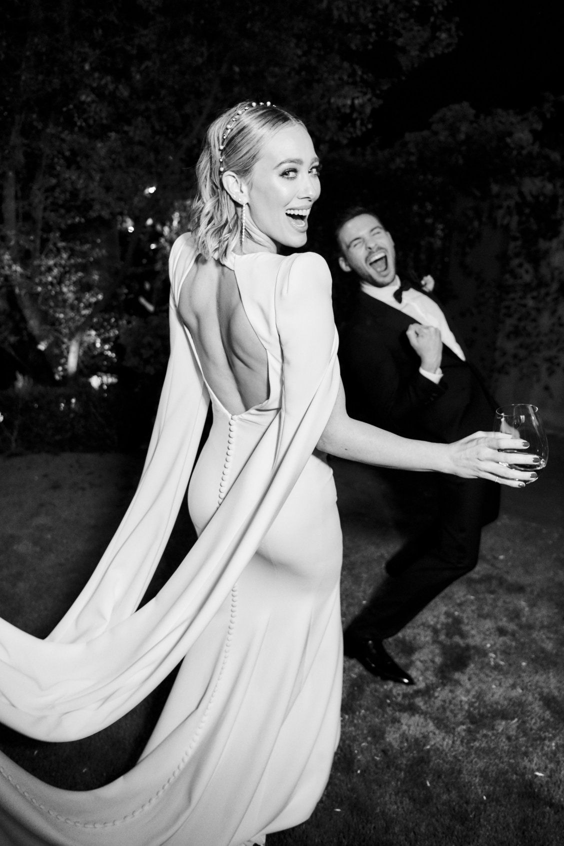 Hilary Duff Wore The Jennifer Behr Ines Headband On Her Wedding Day Such A Sleek And Modern Finishing T In 2020 Vogue Wedding Hillary Duff Wedding Celebrity Weddings