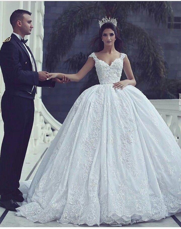Pin by zakiya jaber on Things to wear | Pinterest | Wedding dress ...