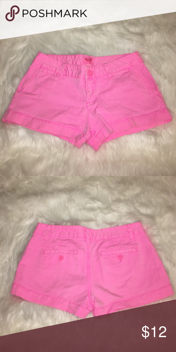 ✨MOVING SALE! Mossimo Shorts These neon pink shorts have been worn only a few times. They are the CUTEST color of pink. Size 3 Mossimo Supply Co. Shorts Jean Shorts