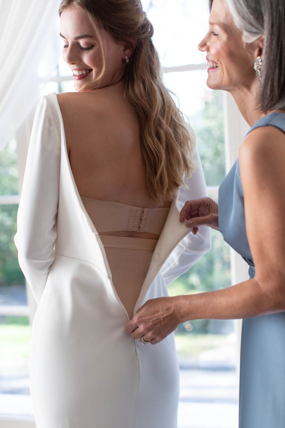 Wardrobe Worries No More Spanx Will Save Your Best Day Ever Wedding Gowns Mermaid Wedding Dresses Blush Pink Wedding Dresses [ 1395 x 930 Pixel ]